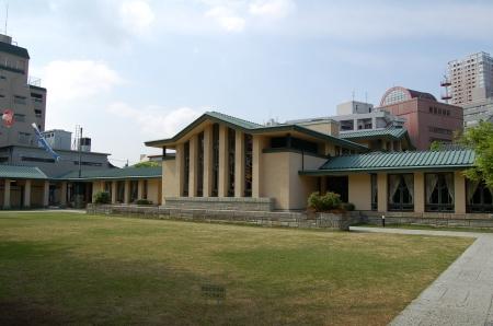 自由学園明日館(全景1)