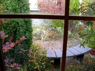 窓越しの眺め2