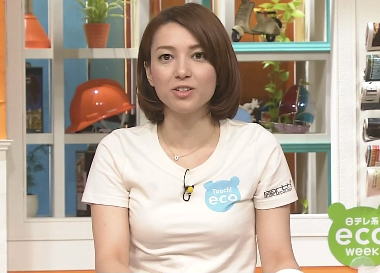 葉山エレーヌ ぴったりとしたTシャツがエロいキャプ画像(エロ・アイコラ画像)