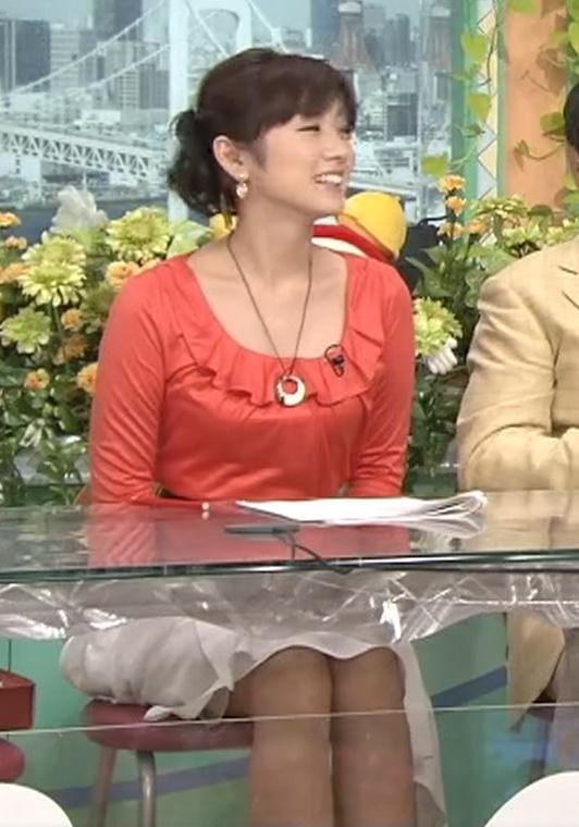 高島彩 ミニスカートキャプ・エロ画像4