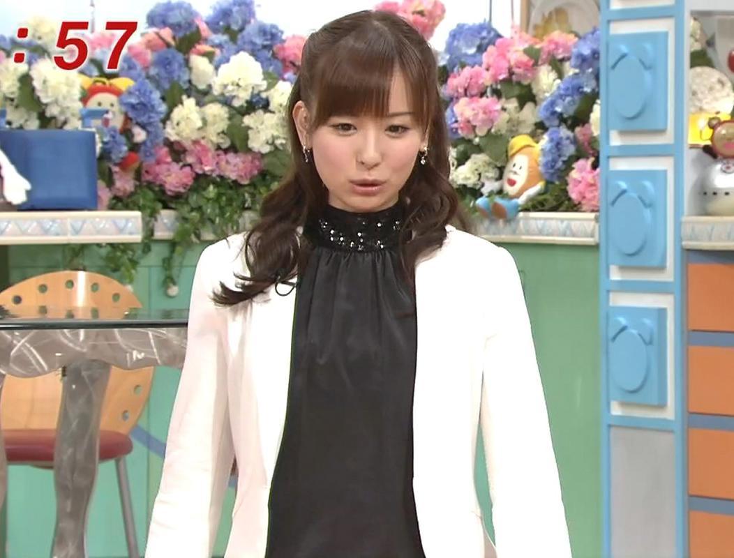 皆藤愛子 大人の魅力があふれる服キャプ画像(エロ・アイコラ画像)