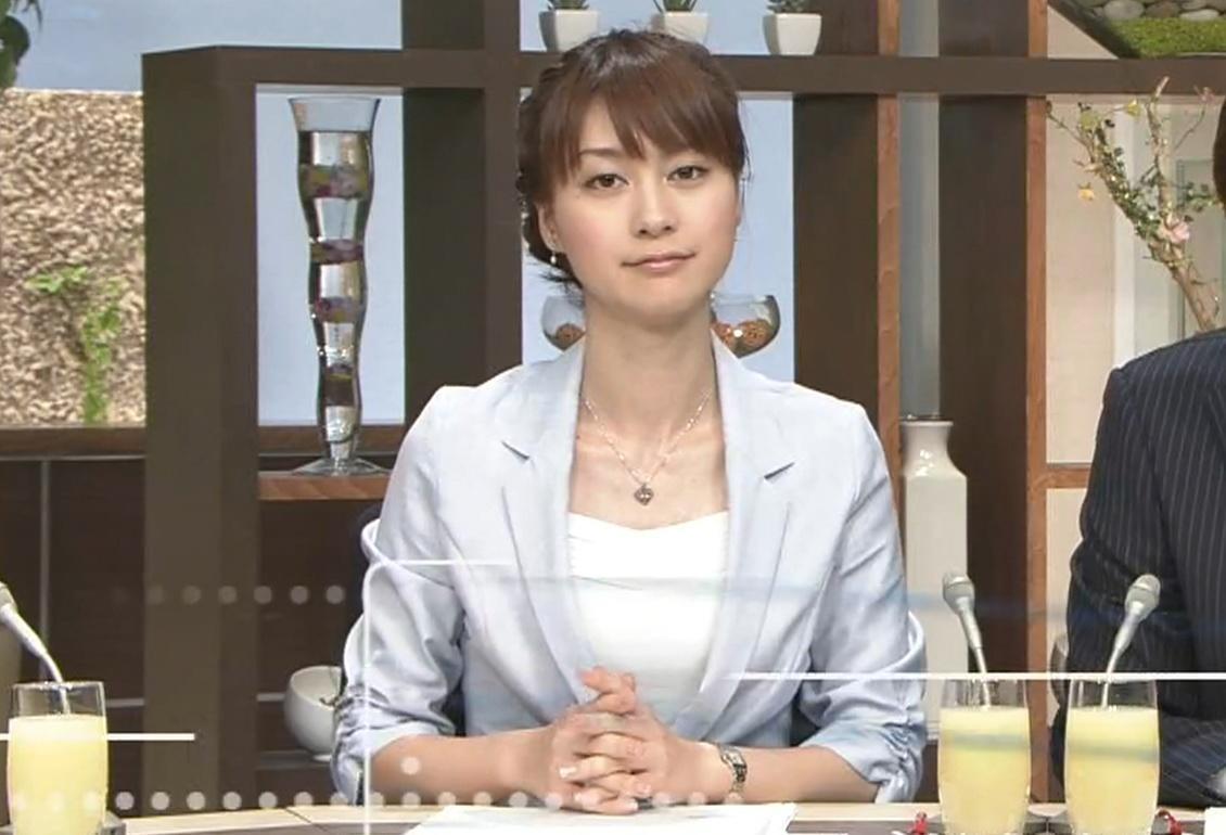 小川彩佳 政治番組に咲く一輪の華キャプ画像(エロ・アイコラ画像)