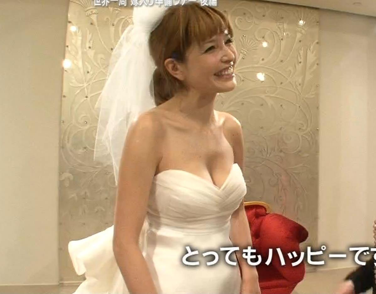 梨花 セクシーウェディングドレスキャプ画像(エロ・アイコラ画像)
