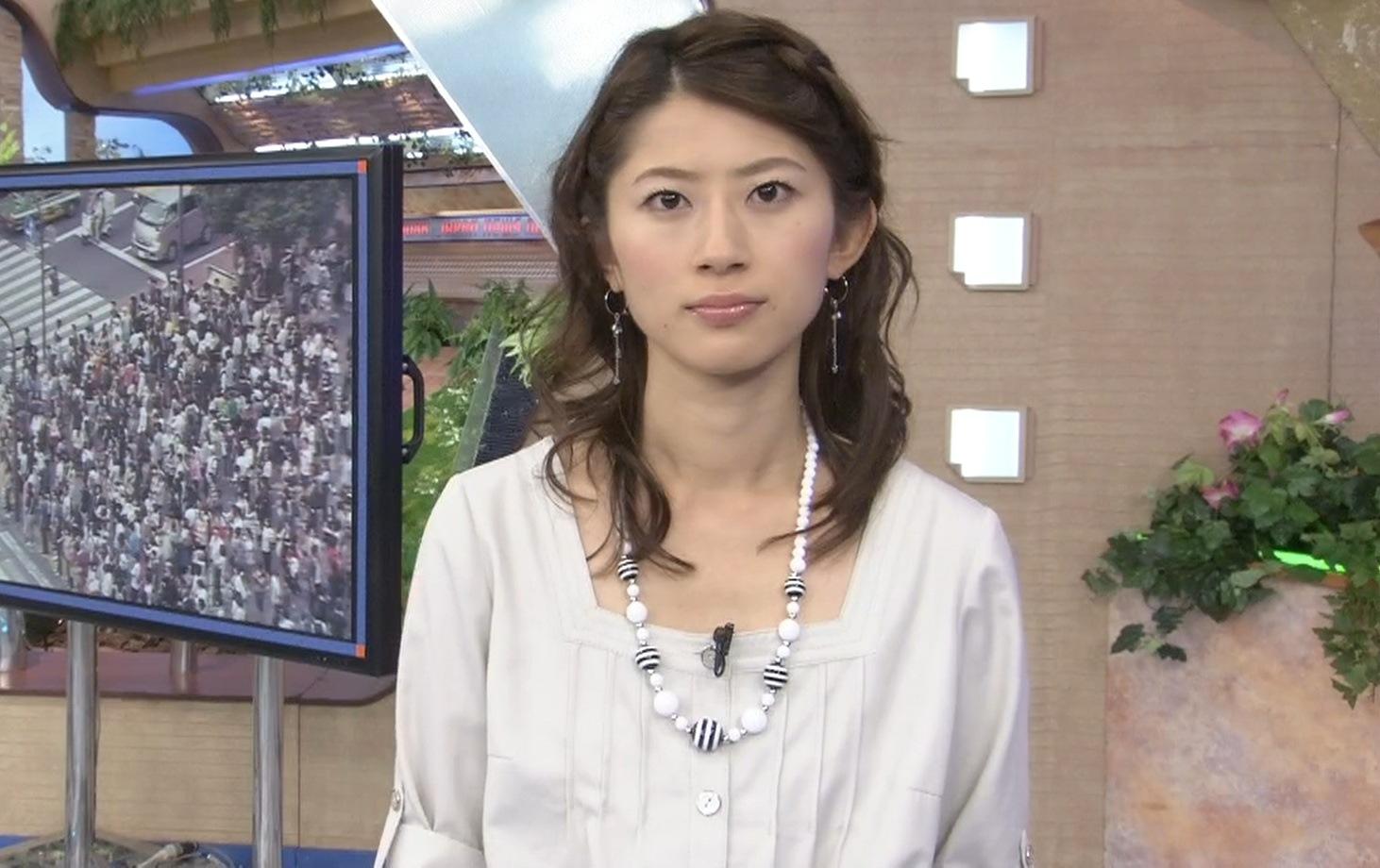 岡村仁美 TBSお天気お姉さんのミニスカートキャプ画像(エロ・アイコラ画像)