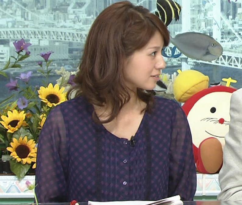 遠藤玲子 ミニスカートキャプ・エロ画像2