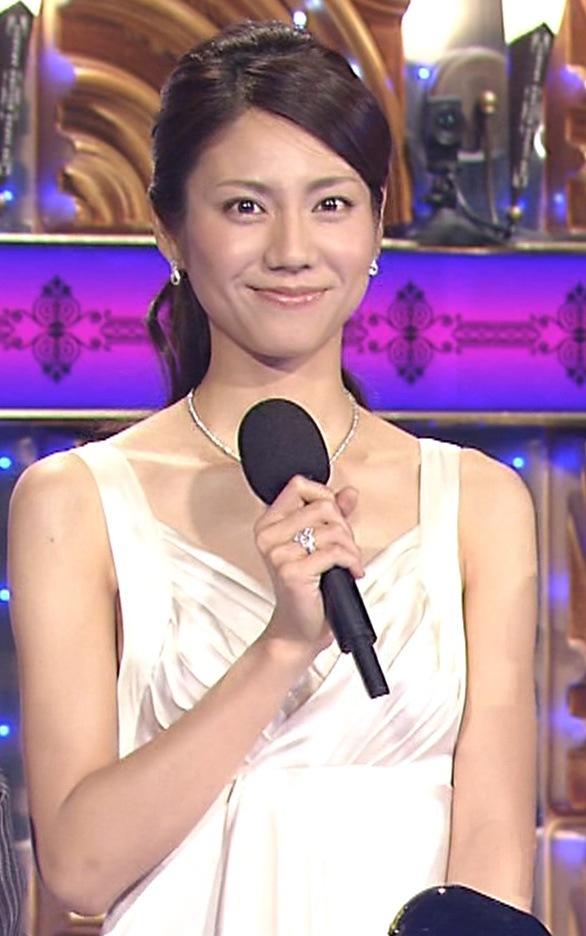 松下奈緒 レコード大賞のドレスキャプ画像(エロ・アイコラ画像)