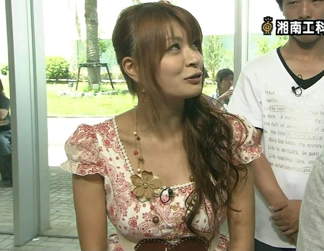 八田亜矢子 おっぱい強調服キャプ画像(エロ・アイコラ画像)