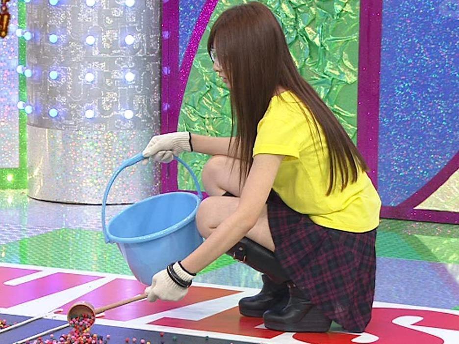 北川景子 ミニスカ?短パン??とにかく美脚!!キャプ画像(エロ・アイコラ画像)