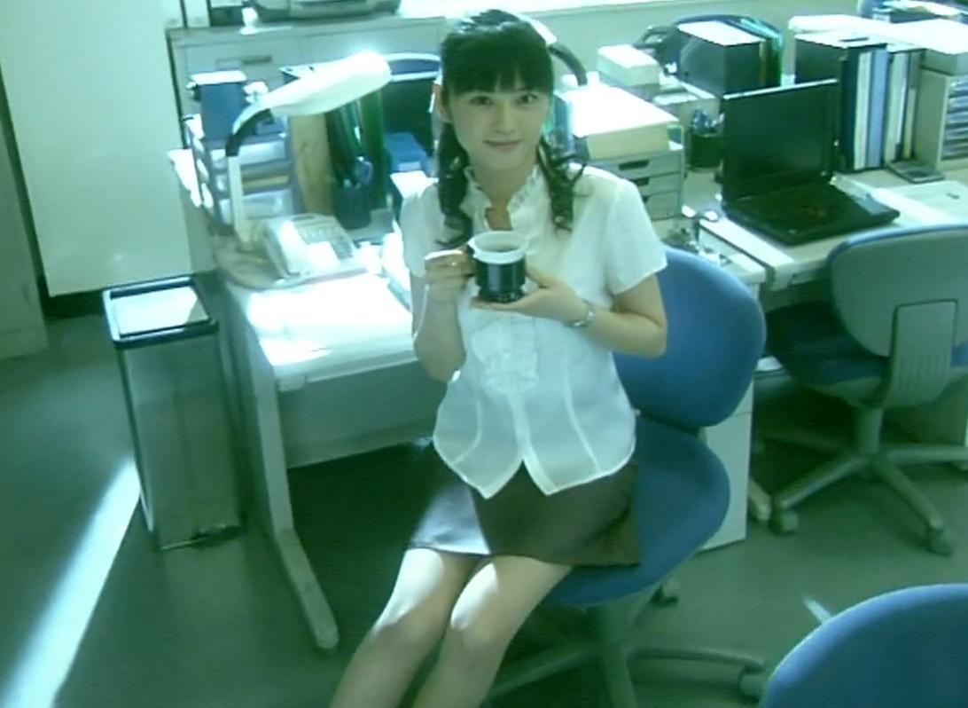 原史奈 ミニスカートとおっぱいアピール (サラリーマンNEO)キャプ画像(エロ・アイコラ画像)