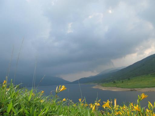 20110717・野反湖空(拡大)5