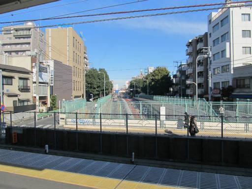 20111218・中野めぐり空01・野方駅