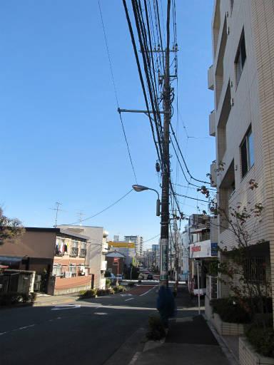 20111218・中野めぐり空07・新井町の空